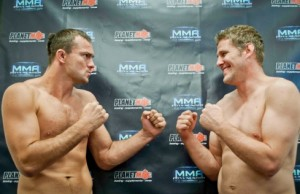 Kym Robinson vs Daniel Kelly Weigh-in