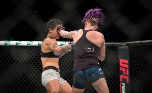 Jessica Rose-Clark vs. Bec Rawlings